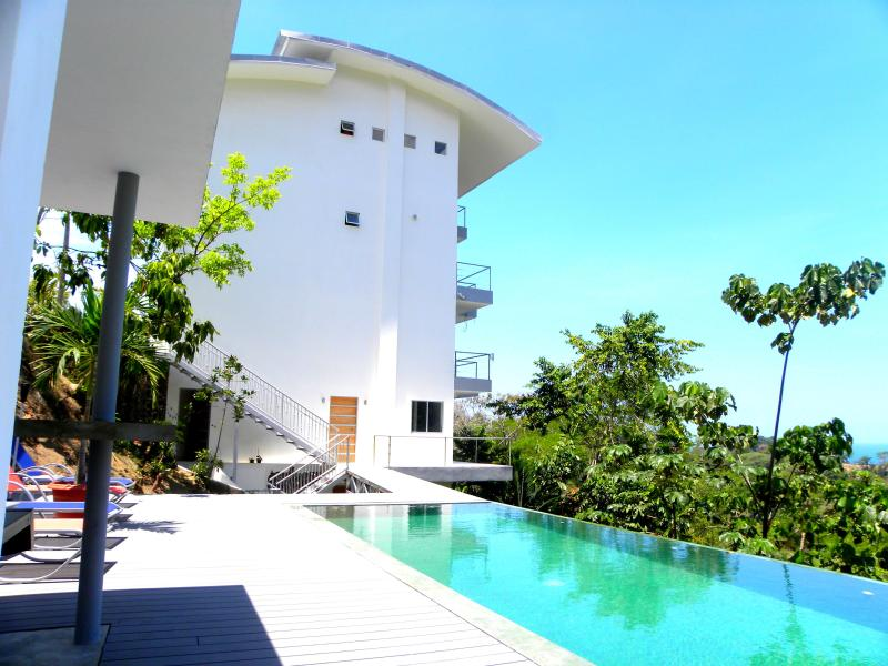 Toucan 2 - 4 persons. Ocean view with pool. - Image 1 - Manuel Antonio National Park - rentals