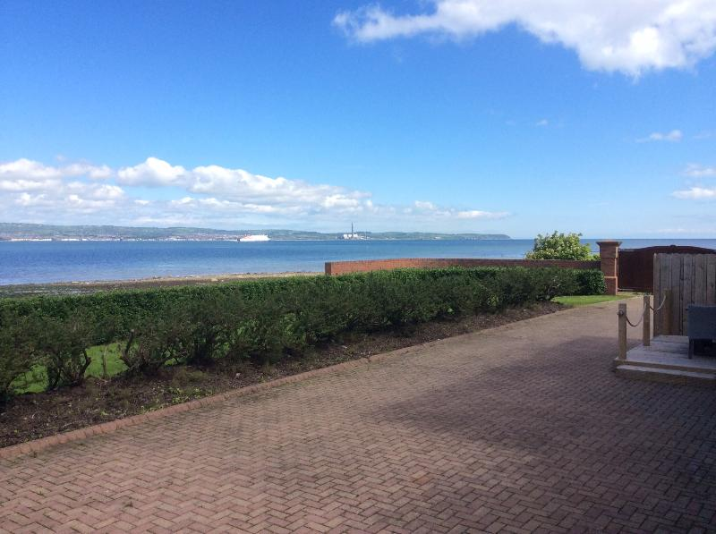 Luxury Holywood Beach Apartment - Image 1 - Belfast - rentals
