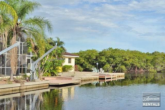Gorgeous waterfront pool home sleeps up to 14 - Image 1 - Naples - rentals