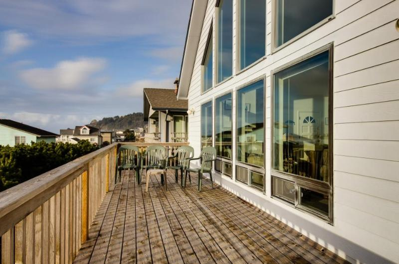 Hint of Heaven - Image 1 - Lincoln City - rentals