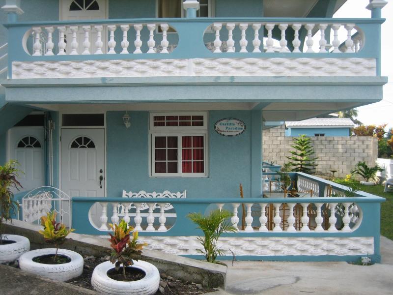 Main Entrances - Castille Paradise - Scotts Head - rentals