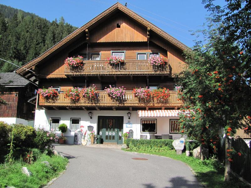 V - Alpine View - wonderful fly fishing accommodation - Stall - rentals