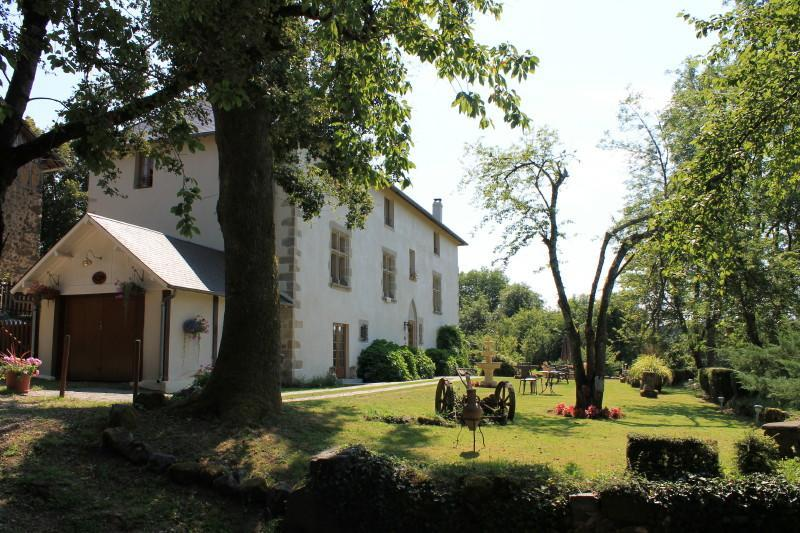 ManoirXV - terrace view - ManoirXV Domaine de Peyrafort - Tulle - rentals