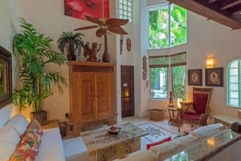 Cozy One Bedroom at The Royal Palms - Image 1 - United States - rentals