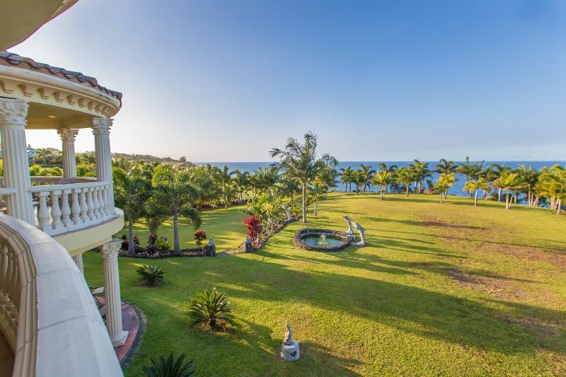 Oceanfront Legacy Vacation Rental - Image 1 - Hilo - rentals