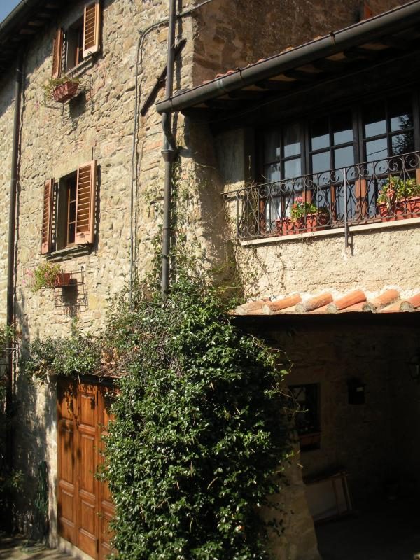 Casa al Prato - a former medieval tower - Image 1 - Gagliano - rentals