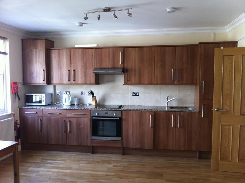 2 Bedroom at Bayswater in London - Image 1 - London - rentals