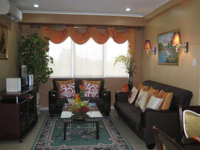 Living Room - Beautiful 2 BR/ 2 Baths  Condo at The Fort - Paranaque - rentals