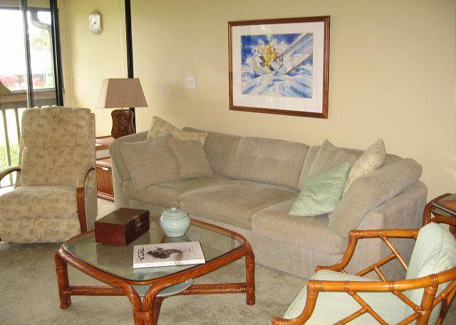 Living Room - Turtle Bay 016 W *** Available for 30 day rentals, please call - Kahuku - rentals