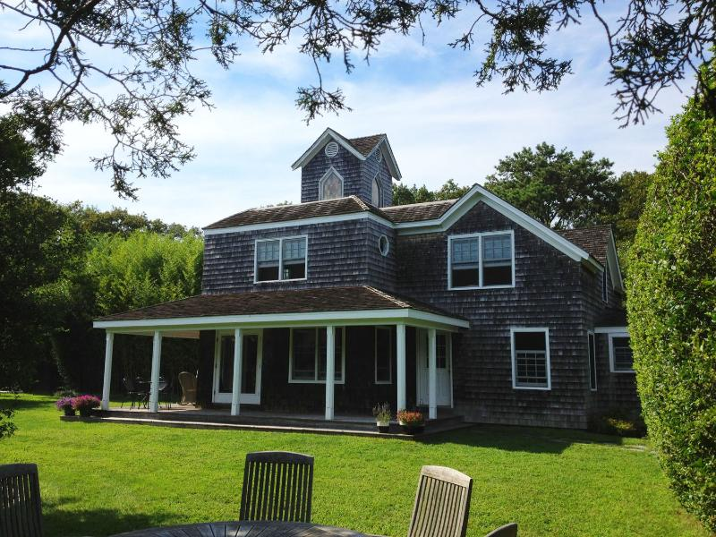 Entry to House - Magical family summer escape - Quogue - rentals