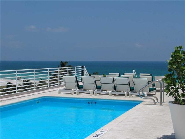 Rooftop Pool and Views - South Beach Ocean Drive Condo Suite w/Rooftop Pool - Miami Beach - rentals