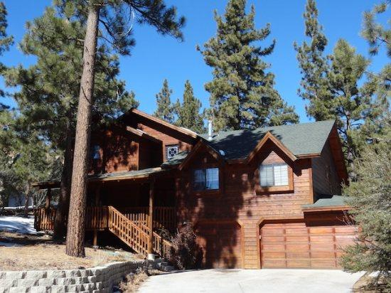 Castlewood 5 BR, Game Rm, Spa - WEEK NIGHT SPECIAL - Image 1 - Big Bear Lake - rentals