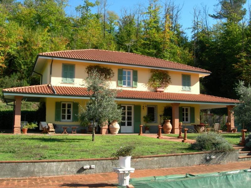 Villa Bolano Villa in Liguria, holiday let in cinqueterre Italy, vacation villa in Italy, Cinque Terre holiday home - Image 1 - Bolano - rentals