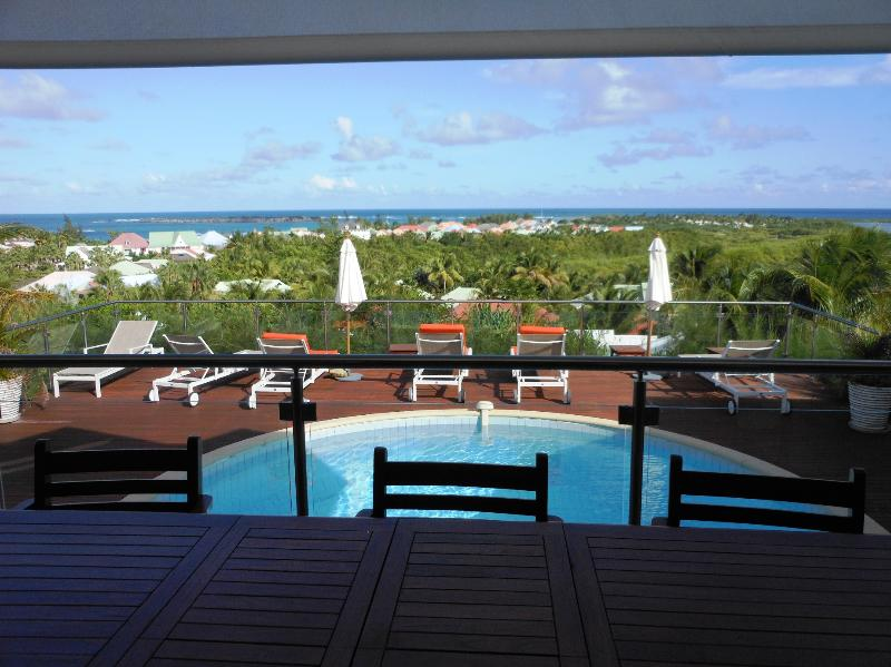 Villa Soualiga, Green Cay, Orient Bay, St Martin - SOUALIGA...at Green Cay Villas... lovely views, fresh breezes, comfortable villa overlooking beautiful Orient Bay - Saint Martin-Sint Maarten - rentals