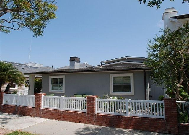 Gorgeous Single Family Peninsula Point Home! (68302) - Image 1 - Newport Beach - rentals