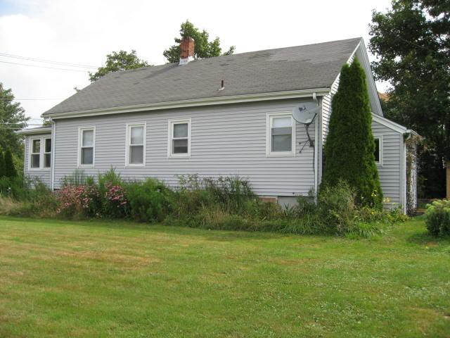 Sea Whale Main House - Unit A - SEA WHALE 3 BEDROOM HOUSE - Middletown - rentals