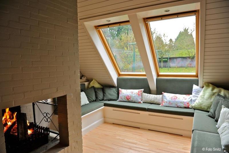 """Sitting corner with open fire - B&B Schaepsgerwe - Room """"Struweel"""" - Eeklo - rentals"""