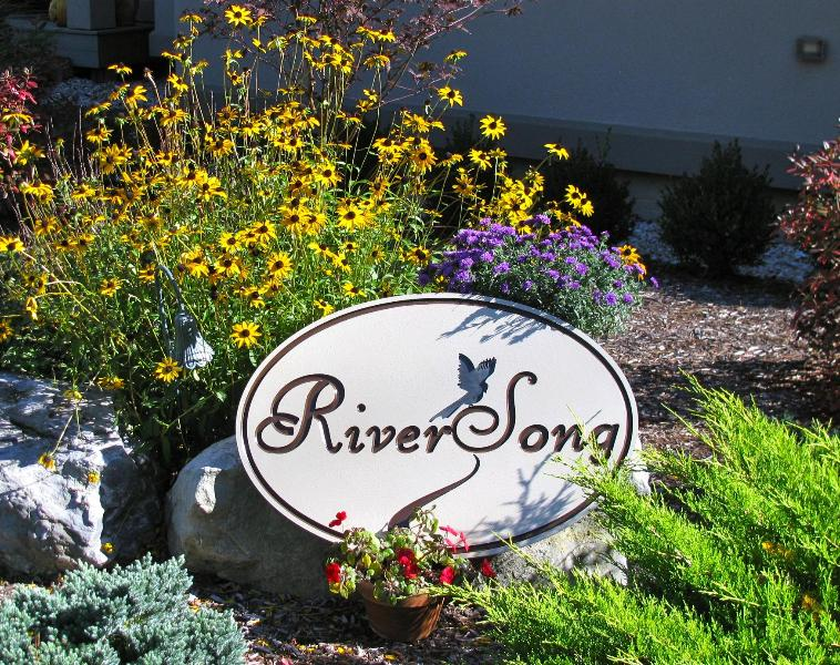 WELCOME - RiverSong Suite In The Berkshires - North Egremont - rentals
