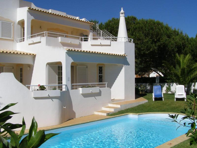 Comfortable 3bdr villa at Gale beach,mature garden - Image 1 - Albufeira - rentals