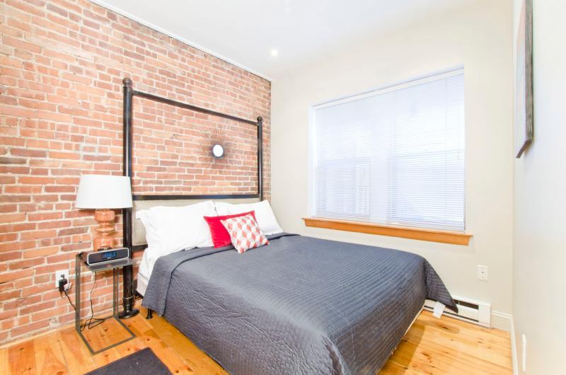 Bedroom - Garrison One Bedroom Suite - Boston - rentals