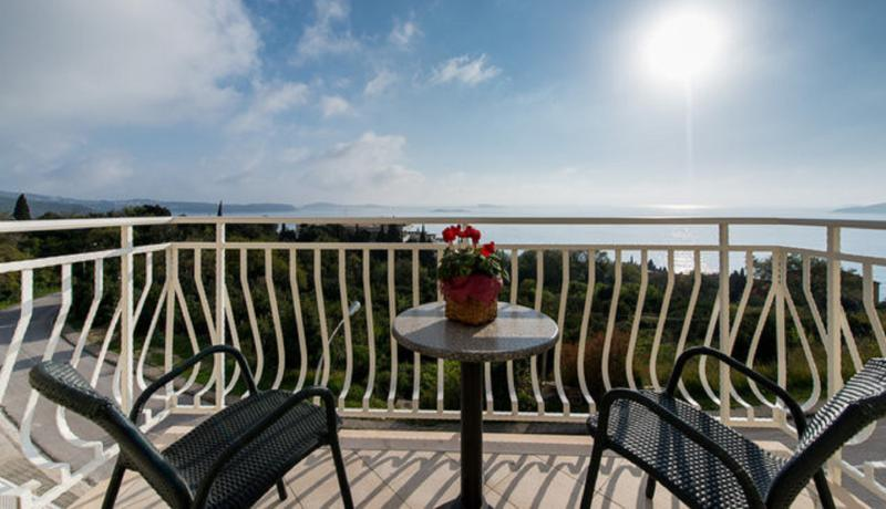 Balcony with sea view - Apartment with balcony in Plat near Dubrovnik - Plat - rentals