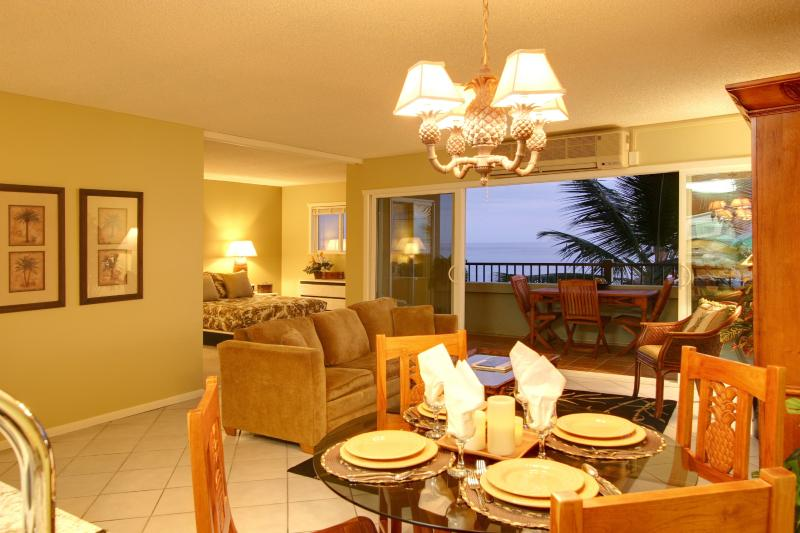 Refreshing Ocean Breeze into Inviting Living Room and Dining Room - Recently Redecorated - Dream Escape Oceanfront with A/C  Banyan Tree 401 - Kailua-Kona - rentals