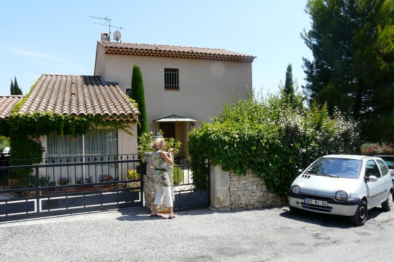 Front of the house - Agreable Maison en Provence-Great Home in Provence - Manosque - rentals