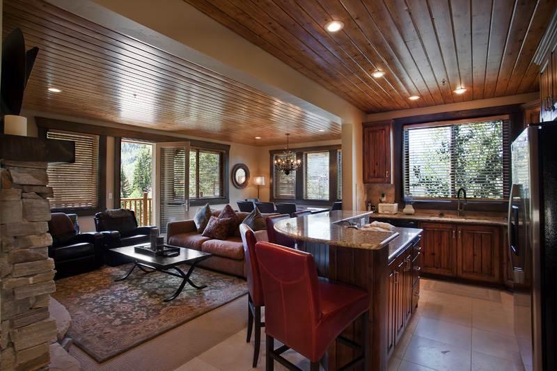 Black Bear Lodge #201 - Image 1 - Park City - rentals