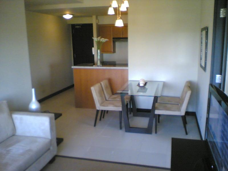 Living and Dining Area - Luxury 2BR condo in Fort Bonifacio,Global City - Manila - rentals