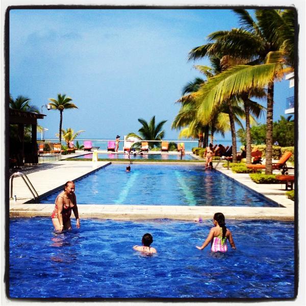 CARTAGENA COLOMBIA ocean and beach front. - Image 1 - Cartagena - rentals
