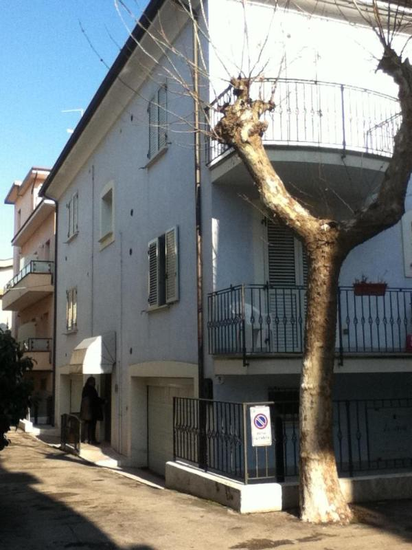 House and entrance - Flat 10 metres from the adriatic sea, in Rimini - Emilia-Romagna - rentals