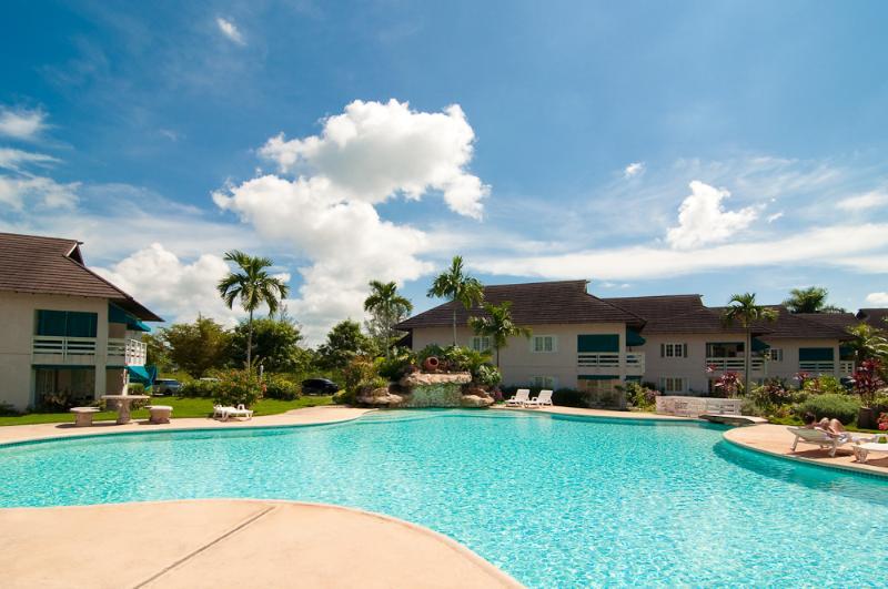 Beautiful Luxury Ocean front property Montego Bay - Image 1 - Jamaica - rentals