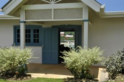 Welcome to Licorish! - Licorish - A Newly Refurbished Beach House - Black Rock - rentals