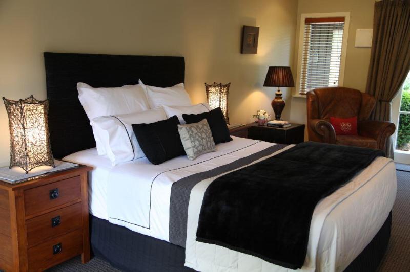 Bradleys garden Bed and Breakfast - Image 1 - Taumarunui - rentals
