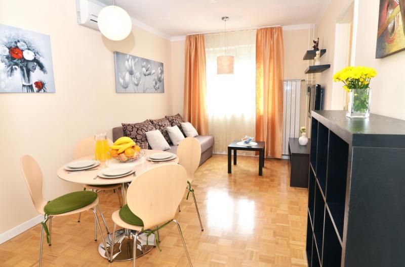 Apartment Flores I - Image 1 - Zagreb - rentals
