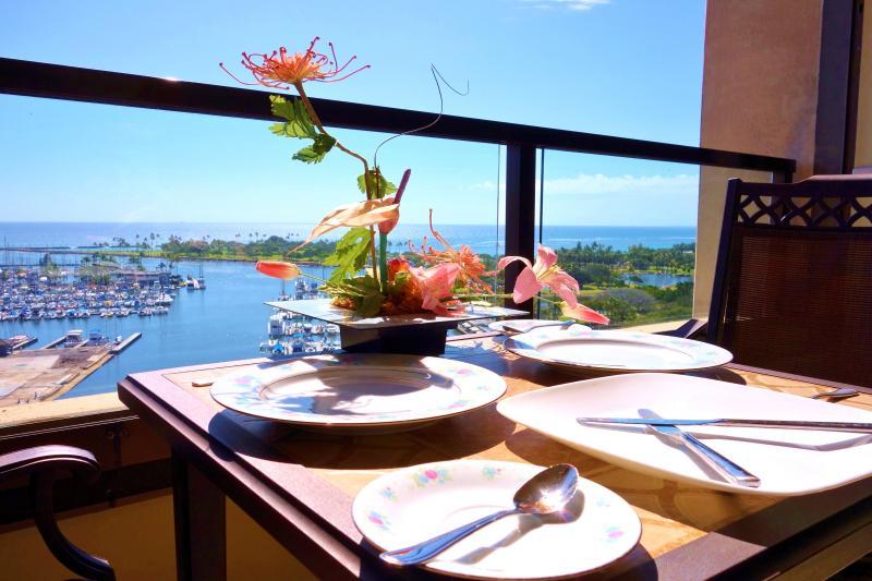 Unobstructed Lanai view of the Pacific Ocean, Ala Moana Beach and Waikiki Harbor - LuxOceanView 1BRw/Prkg Waikiki/DWTN - Honolulu - rentals