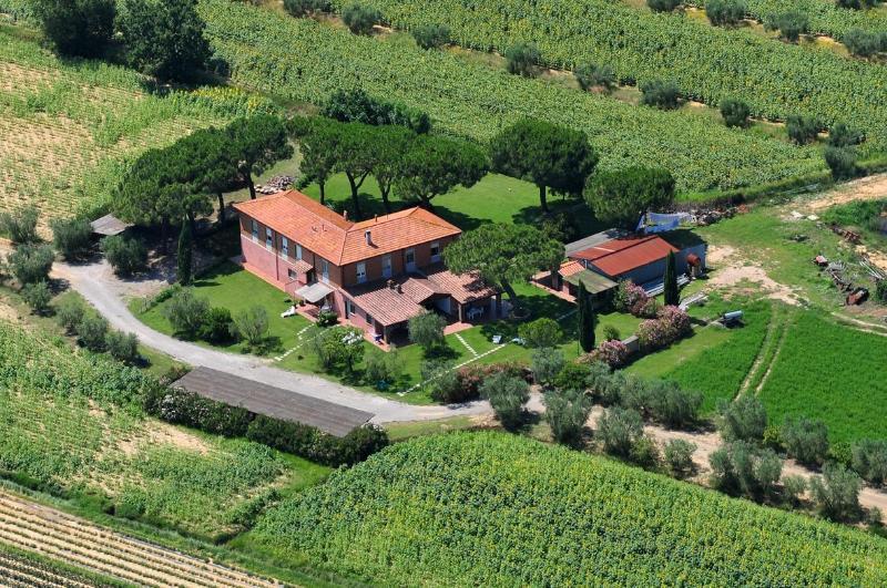 foto aerea della struttura - Appartamento STALLA in Agriturismo Pavone - San Bartolomeo al Mare - rentals