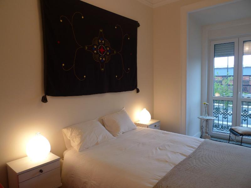 Double Room - New! Spacious and Central Apt in Lisbon - Lisbon - rentals