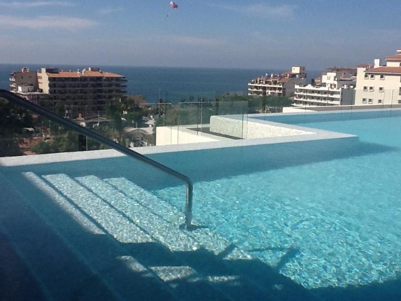 roof top infinity pool - An Oasis in the heart of Old Town - Casa Alterra - Puerto Vallarta - rentals