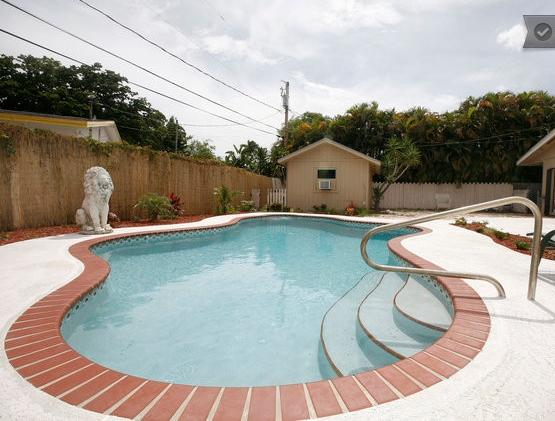 In Closed Private Pool - AMAZING 3 BEDROOM VACATION HOME WITH PRIVATE POOL - Fort Lauderdale - rentals