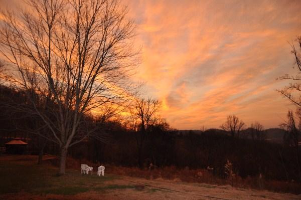 Sunrise - Upper Cumberland Tennessee Cabin Rental - Gainesboro - rentals