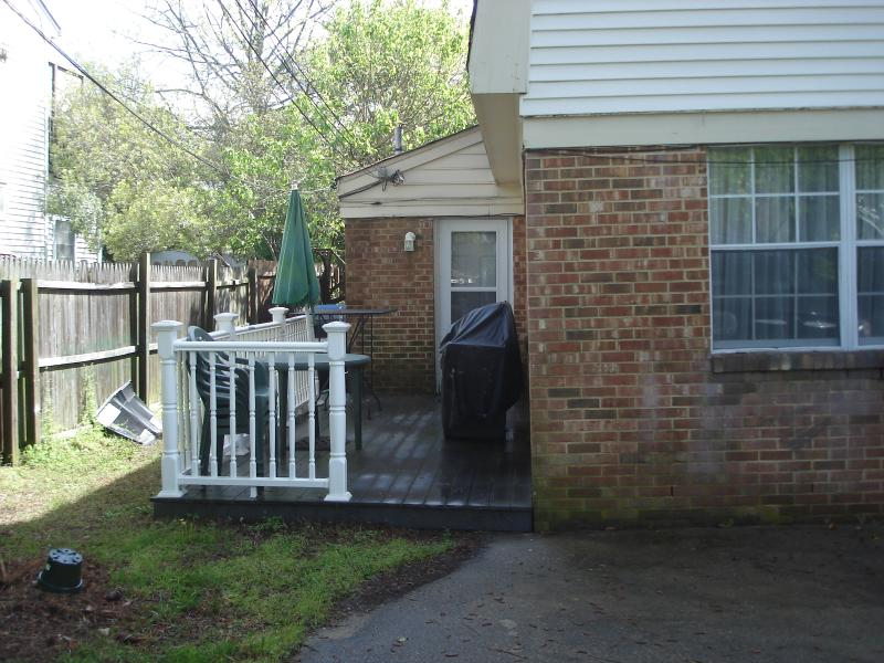 Property facing street - Desirable North End Townhouse - Virginia Beach - rentals