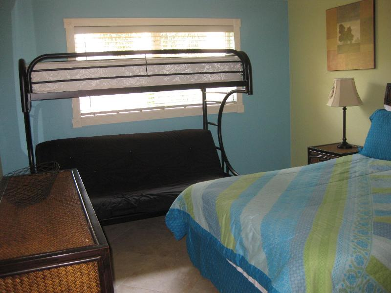 COCO BEACH CONDO ONE BLOCK TO THE BEACH - Image 1 - Cape Canaveral - rentals