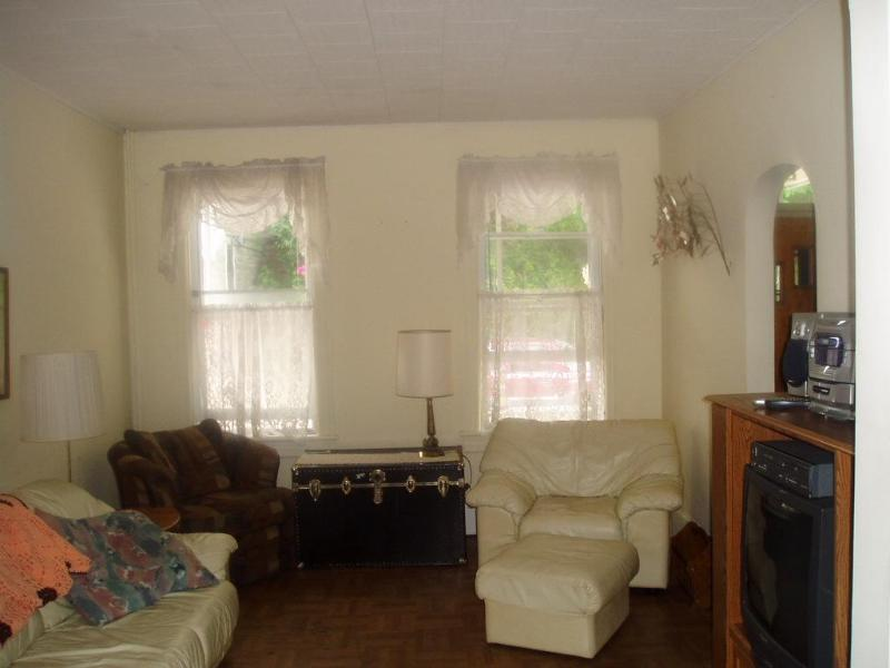 Living Room - Friendly Home in town.  Clean, Comfortable. - Jim Thorpe - rentals