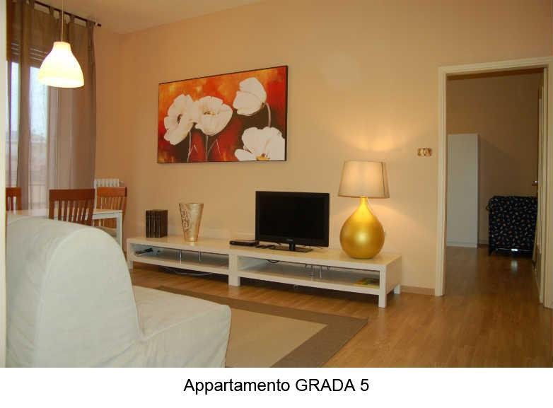 Quiet And Bright Apartment 5 Minutes From Downtown - Image 1 - Bologna - rentals