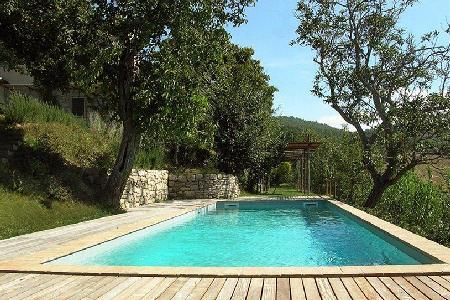 Glorious Villa Beatrice offers a fireplace, swimming pool and alfresco dining - Image 1 - Todi - rentals
