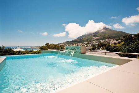 Sleek multi-level Central Drive offers ocean views, infinity pool & alfresco shower - Image 1 - Camps Bay - rentals