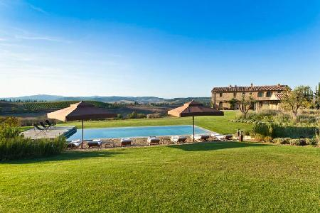 Superb Villa Gauggiole surrounded by vineyards with heated pool & pizza oven - Image 1 - Montalcino - rentals