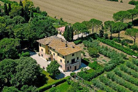 Villa de Angelis set in the lovely Umbrian countryside with a private chapel - Image 1 - Perugia - rentals