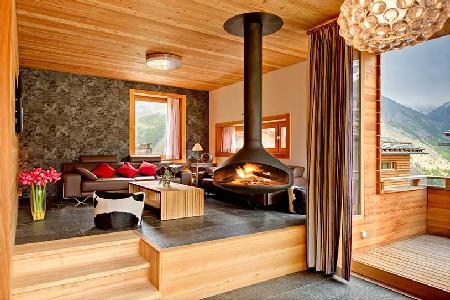 Contemporary luxury chalet Chloe with sauna, mountain views & private chef 2 min to lift station - Image 1 - Saas-Fee - rentals